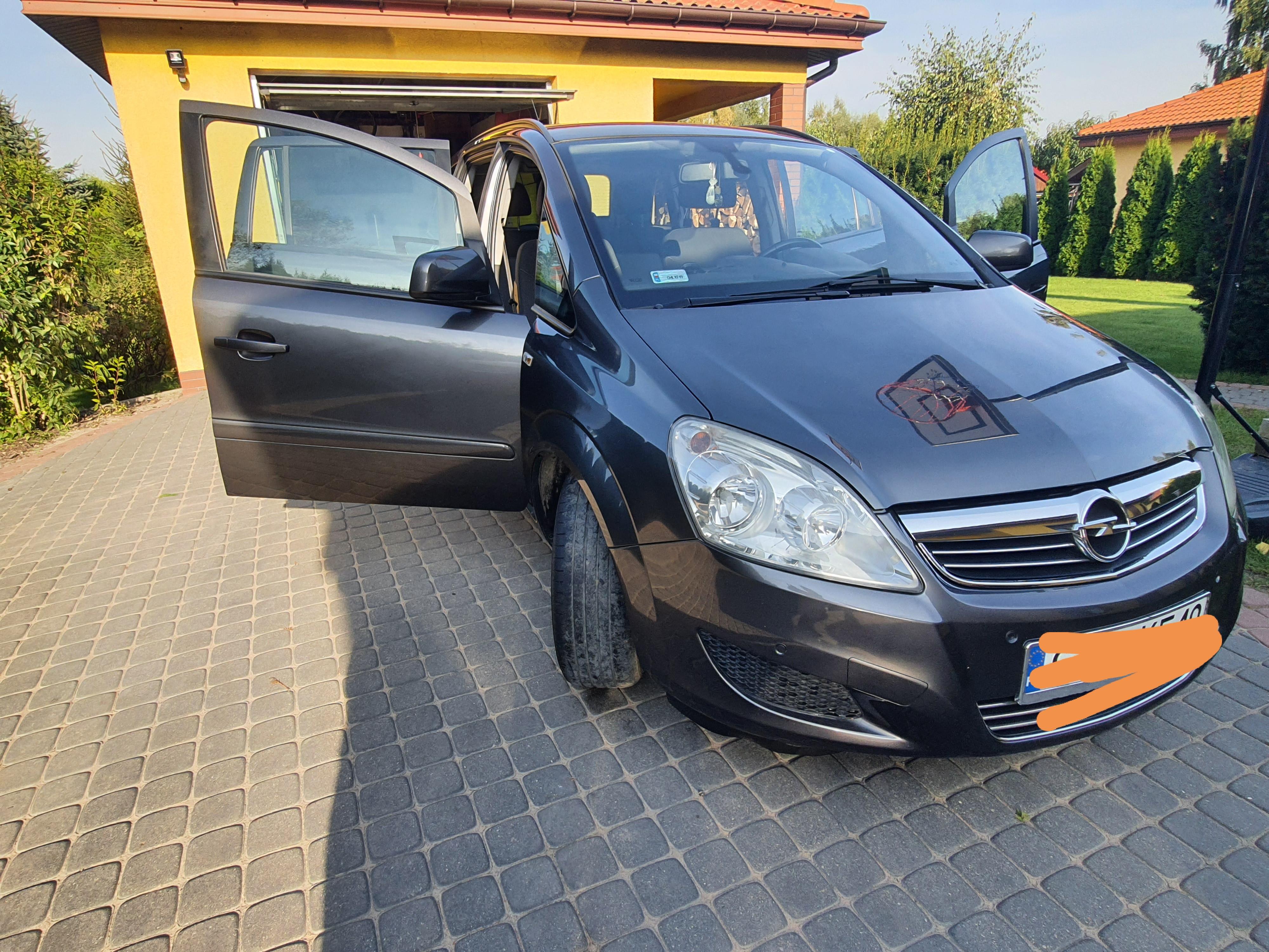Opel Zafira 7-osobowy
