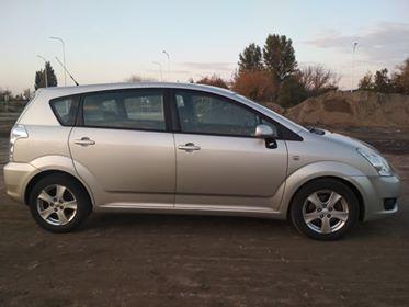 Toyota Corolla Verso 2.2D 136 KM 2007 r.