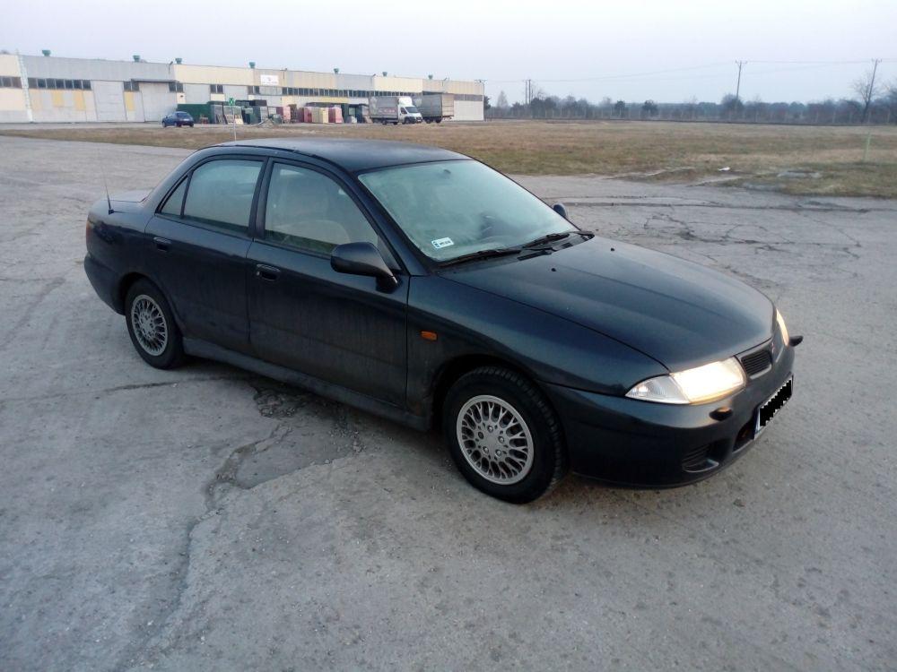 Mitsubishi Carisma 1,8 B+LPB 1997r.