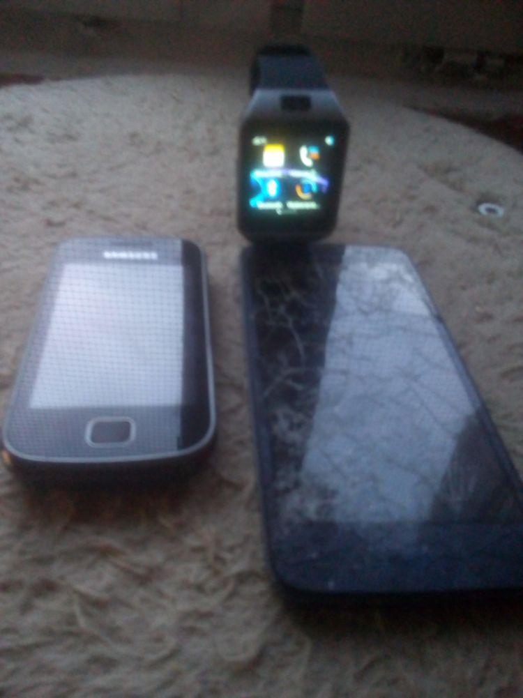 Sprzedam zamienne smartwach i telefony za starą nokia