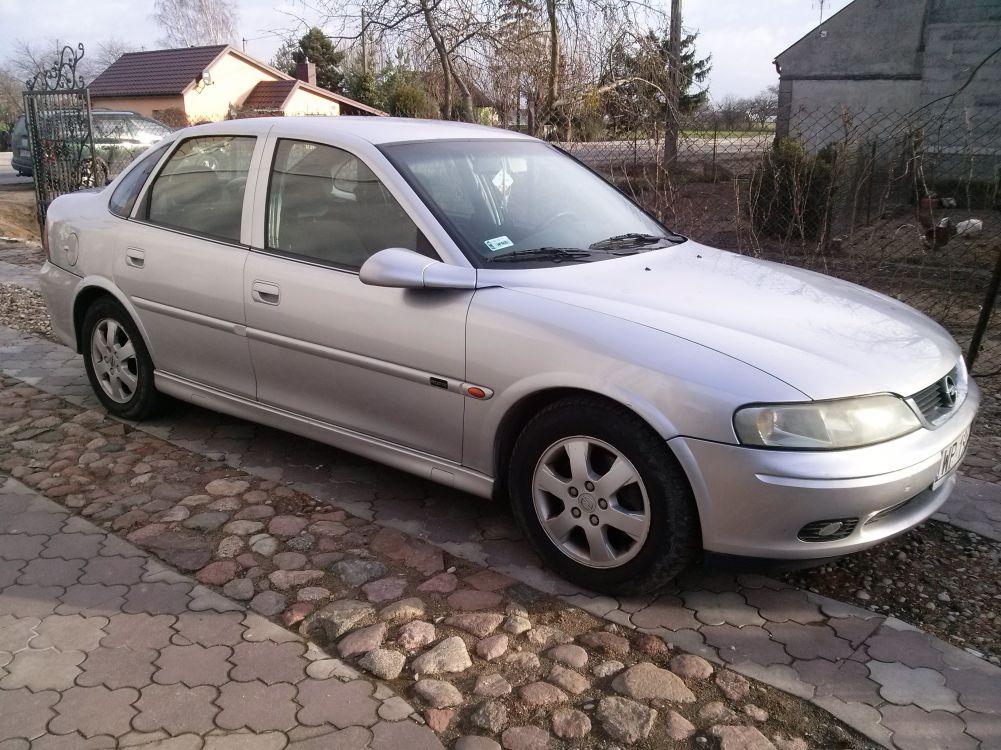Opel Vectra  B 2.0 DTI  ZADBANA