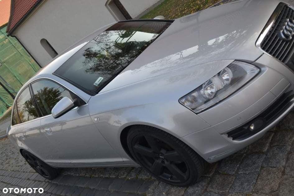 Audi a 6   sedan  srebny   2007 rok 2400 benz gaz