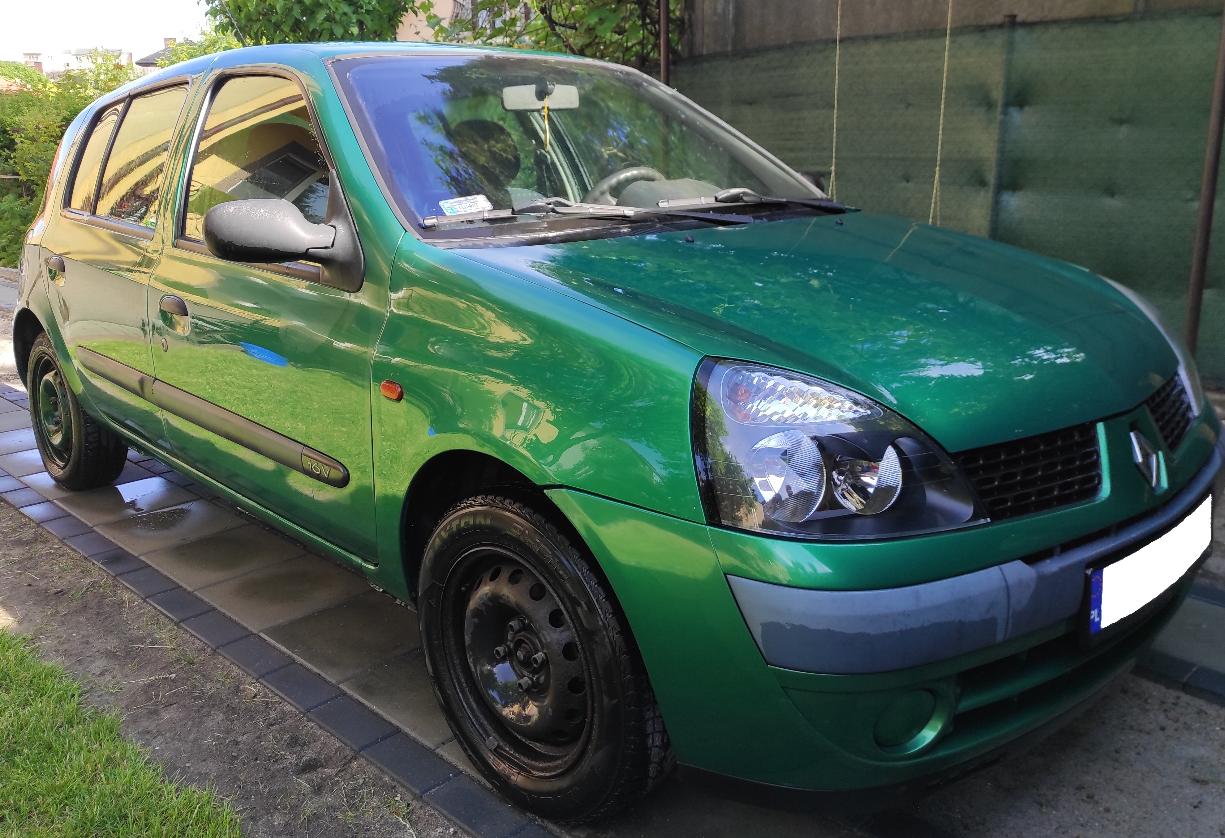 Renault Clio 1.2, 16V, 2001 z hakiem